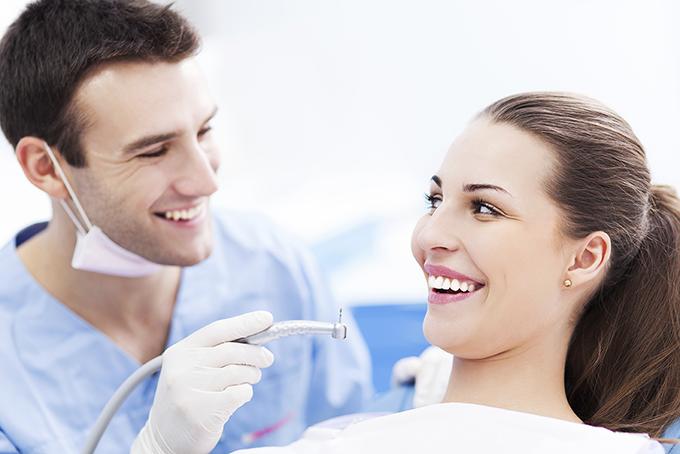 Tratamiento odontología Sevilla